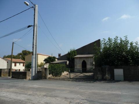 Causses-et-Veyran  - ancienne croix (2)