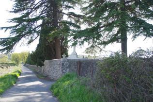 Lézignan-la-Cèbe - Croix du Château (2)