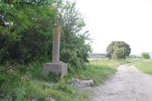 Nizas - Croix de Sainte-Perpétue (2)