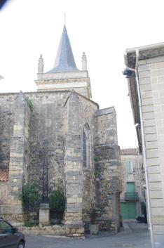 Nizas - Eglise - Croix de mission (2)
