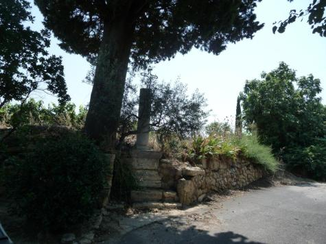 Aumes - Chemin du Cyprès (2)