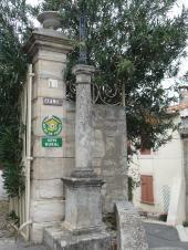 Montady - Rue de la Poste - Place Haute (1)