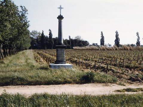 """La croix dite """"Poursines"""" - Collection Poursines"""