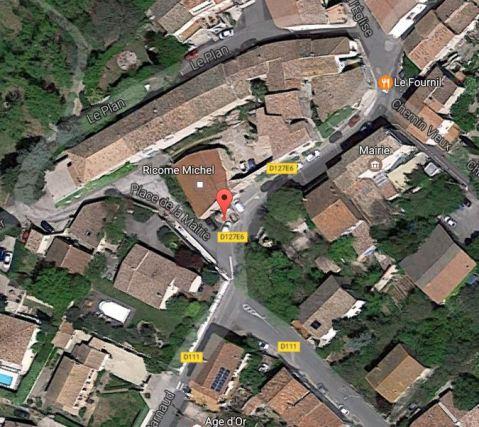 Vailhauquès - Croix de Mission - Place de la Mairie (6).JPG